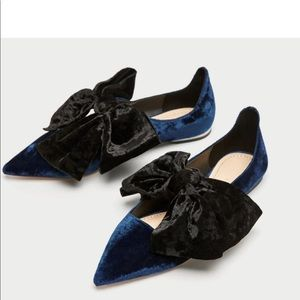 Zara Navy and Black Velvet Flats with Bows